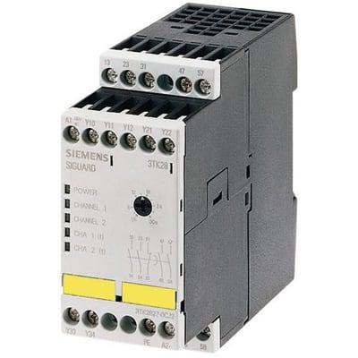 ONE NEW Siemens safety relay 3TK2828-1BB40