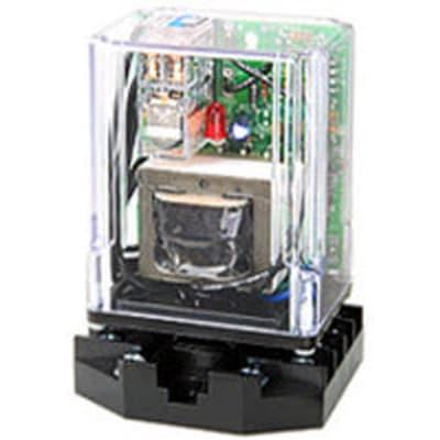 Gems 16DM8D0R 16D Series DPDT Load Circuit Board Control 26K Inverse Operation 208//240 VAC Retrofit Standoff Without Enclosure with Retrofit Plate